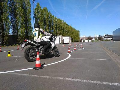 motorfiets manoevres